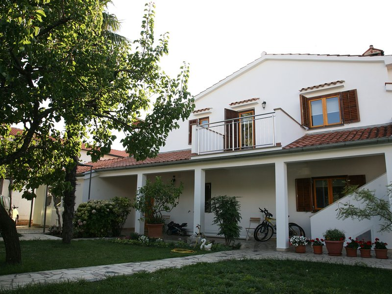 Nice apartment near Porec with balcony and air conditioning for 4 persons, holiday rental in Veli Maj