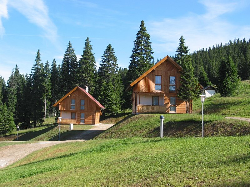 Beautiful Holiday Home near Weinebene with Sauna, aluguéis de temporada em Sankt Stefan