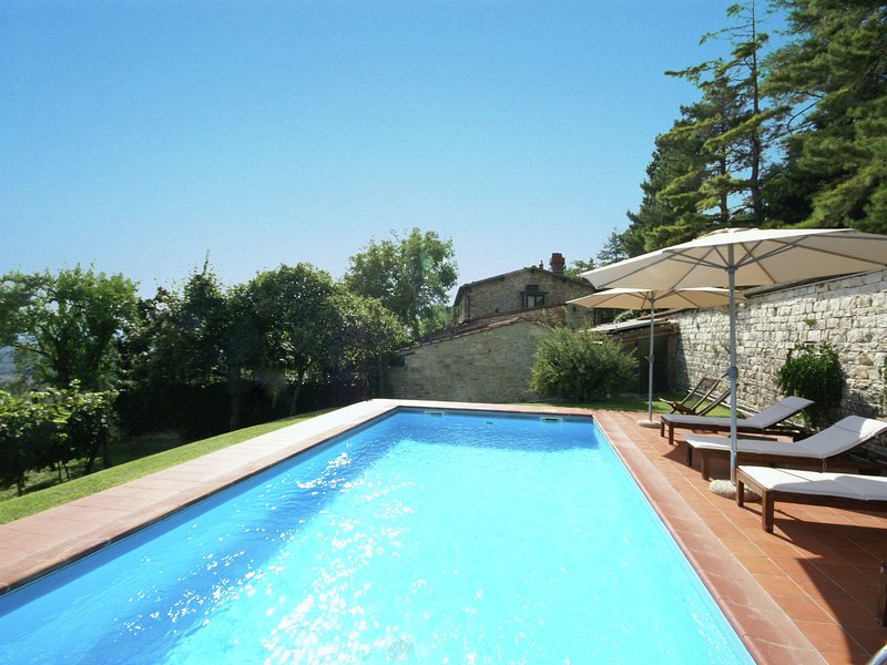 Rustic Holiday Home in Pelago with Swimming  Pool, holiday rental in Donnini