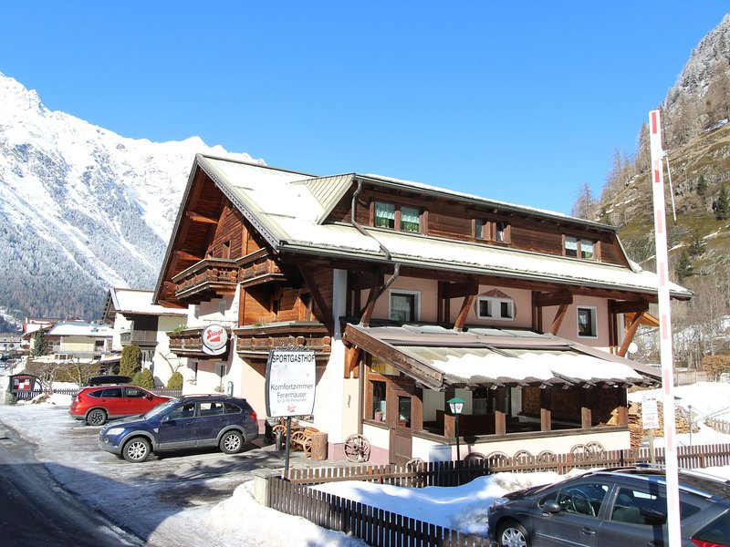 Spacious Holiday Home in Sölden With  Sauna, holiday rental in Plangeross