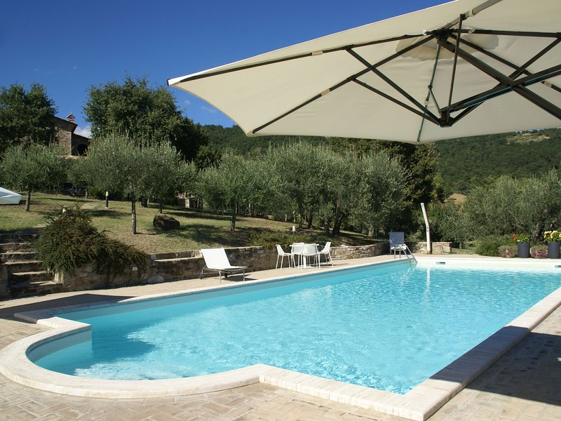 Beautiful villa with private pool, wifi and spectacular view, vacation rental in Preggio