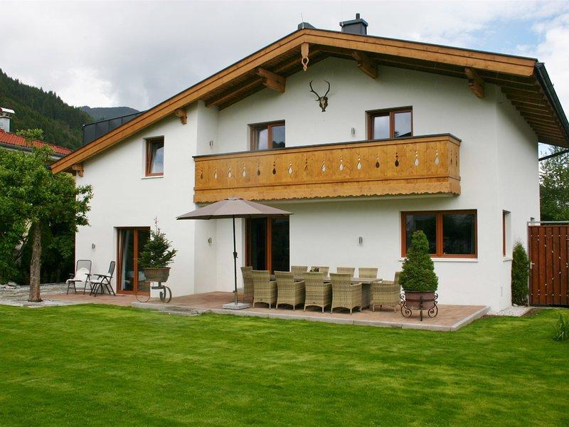 Luxury Chalet near Ski Area in Zell am See, holiday rental in Bruckberg