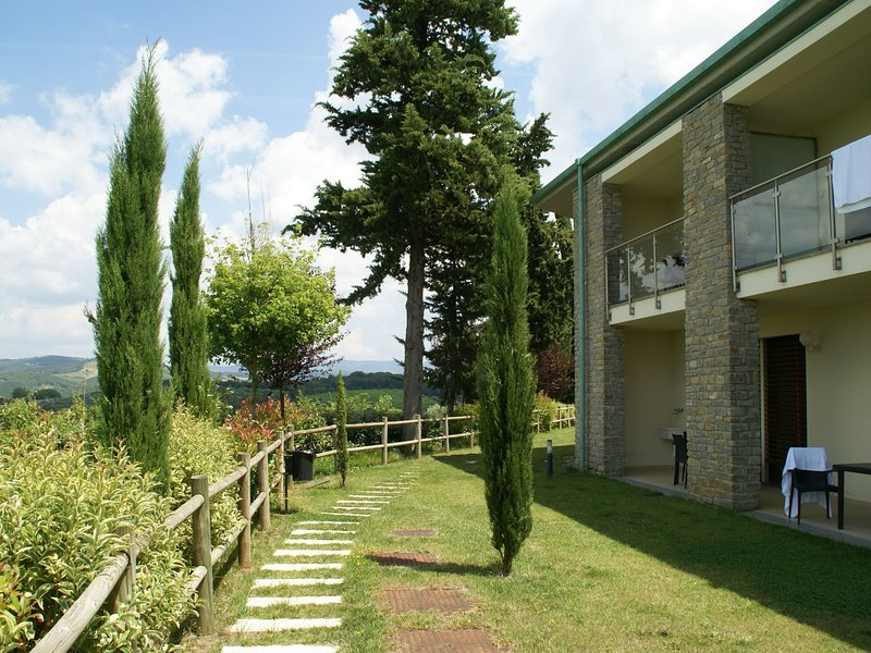 Modern furnished apartment with air conditioning in Chianti, vacation rental in Sambuca