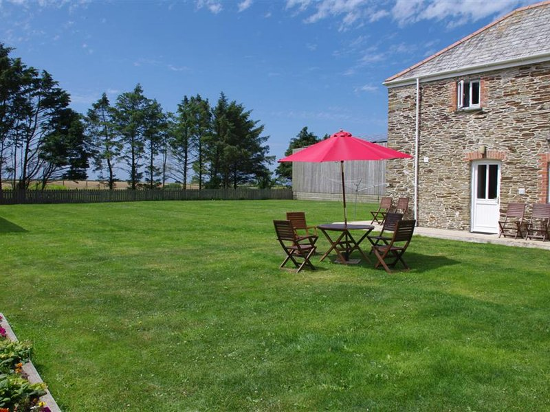 Cozy Holiday Home in Cornwall with large garden, holiday rental in Winnard's Perch