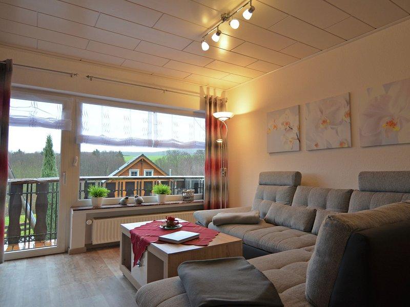 Modern apartment between Winterberg and Willingen with balcony, casa vacanza a Kustelberg