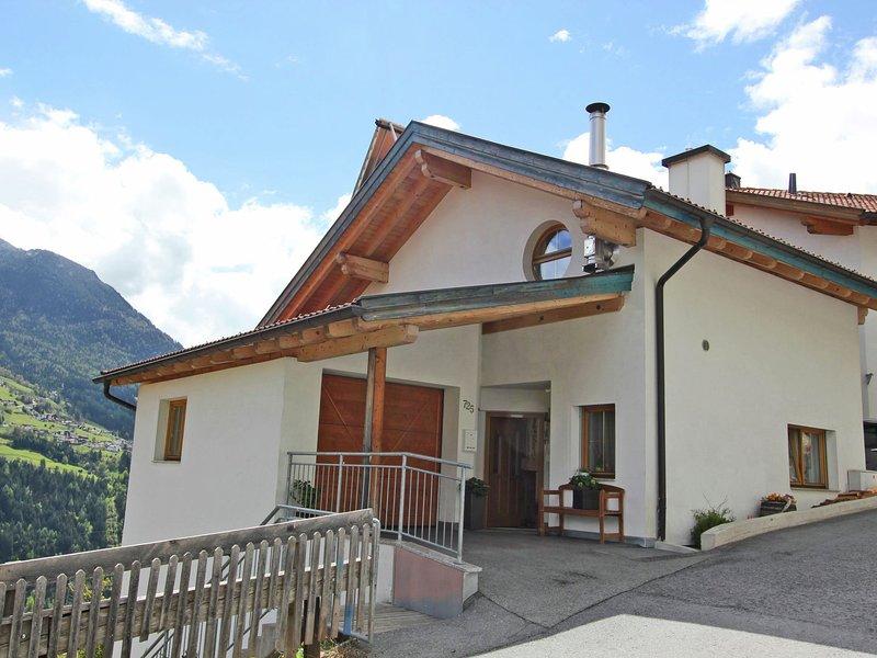 Cozy Apartment with Garden in Wenns Austria, holiday rental in Arzl im Pitztal