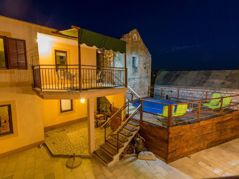 Large holiday home with private pool,wellness and sea view !, holiday rental in Bribir