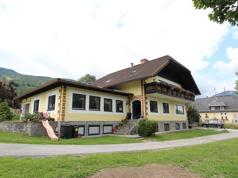 Spacious Apartment in Katschberg with Pool, holiday rental in Katschberghohe