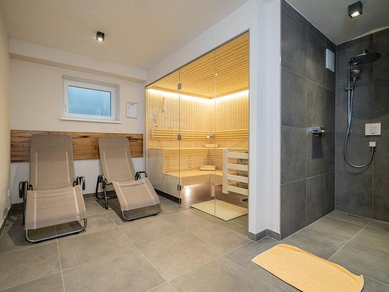Luxurious Chalet in Mühlbach am Hochkönig with Sauna, holiday rental in Goldegg am See