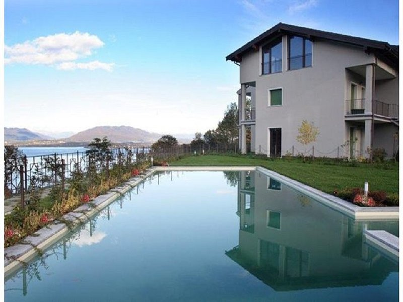 Cozy Apartment with Swimming Pool in Meina Italy, vacation rental in Invorio
