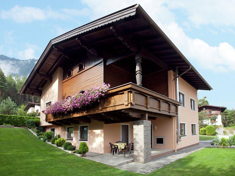 Cozy Apartment near Ski Area in Sautens, holiday rental in Arzl im Pitztal