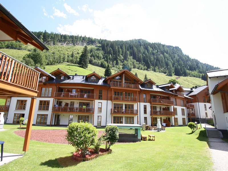 Cosy Apartment in Rauris near the Forest, holiday rental in Frostlberg