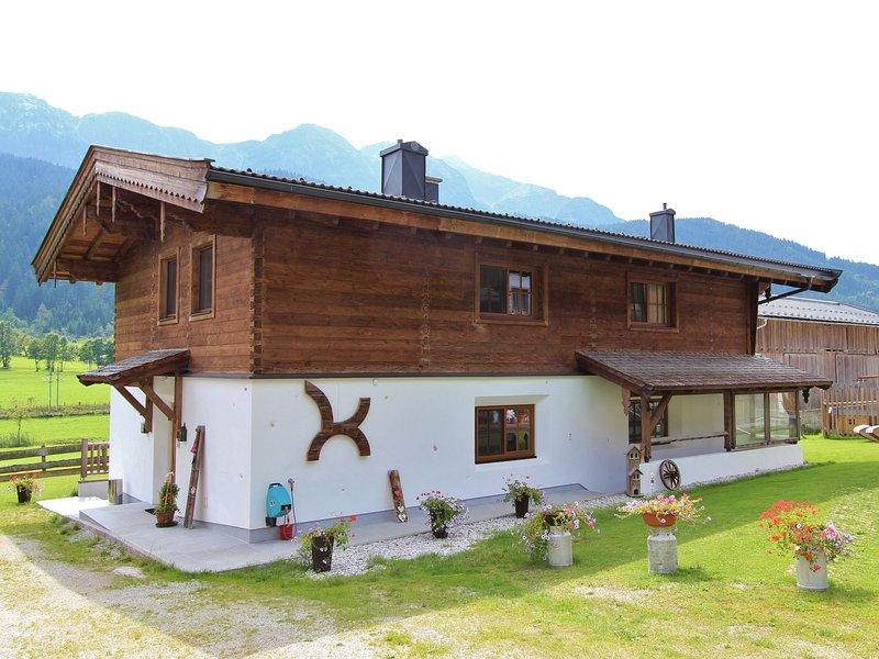 Spacious Apartment with Sauna in Leogang, alquiler de vacaciones en Sankt Martin bei Lofer