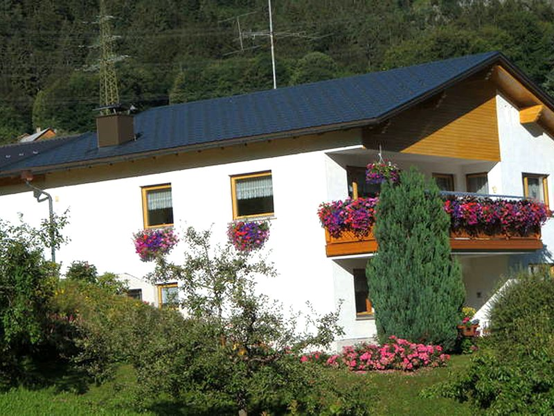 Secluded Apartment in Dalaas near Ski area, vacation rental in Lech