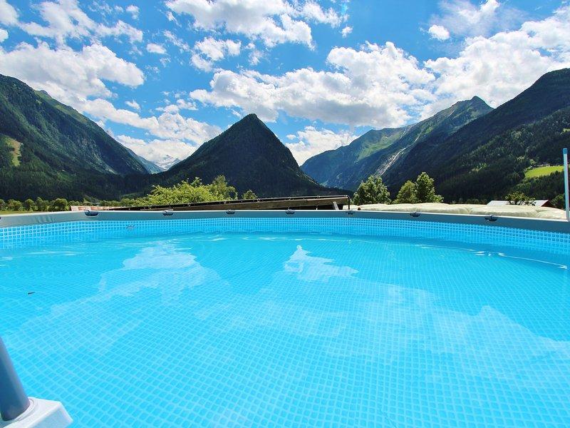 Lovely Villa in Neukirchen am Großvenediger near Ski Area, vacation rental in Neukirchen am Grossvenediger