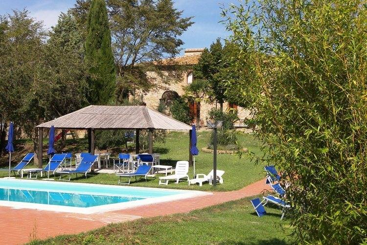 Cozy Holiday Home in Peccioli with Swimming Pool, holiday rental in Fabbrica