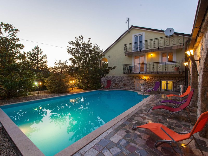 Cozy Holiday home in Grižane with Swimming Pool, holiday rental in Grizane-Belgrad