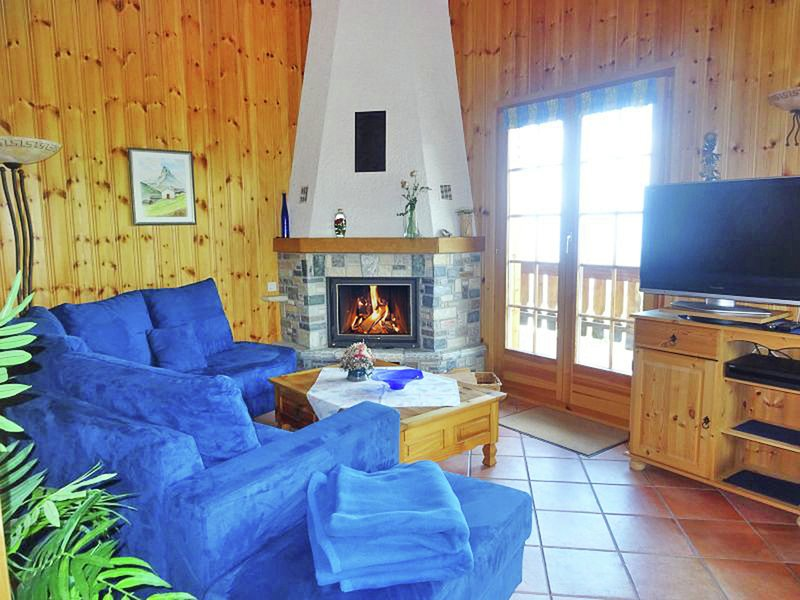 Photo of Comfortable Chalet with View of Alps in Vex