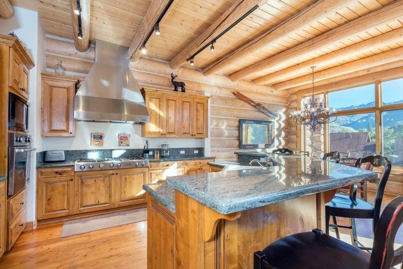 Furniture,Chair,Indoors,Room,Kitchen
