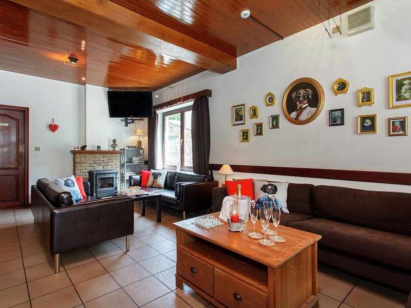 Quaint Holiday Home in Maboge with Sauna, holiday rental in Cens