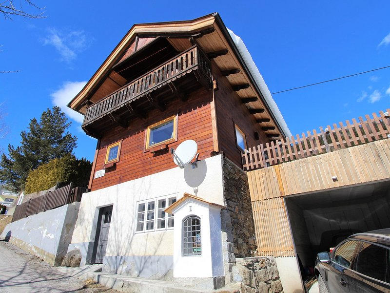 Welcoming Holiday Home near Ski Area in Rangersdorf, holiday rental in Mortschach