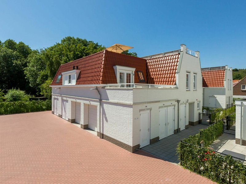 Luxurious apartment in Koudekerke with Parking, holiday rental in Biggekerke