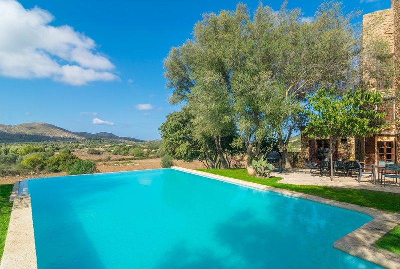 SON XONA - Villa for 10 people in CAPDEPERA, location de vacances à Capdepera