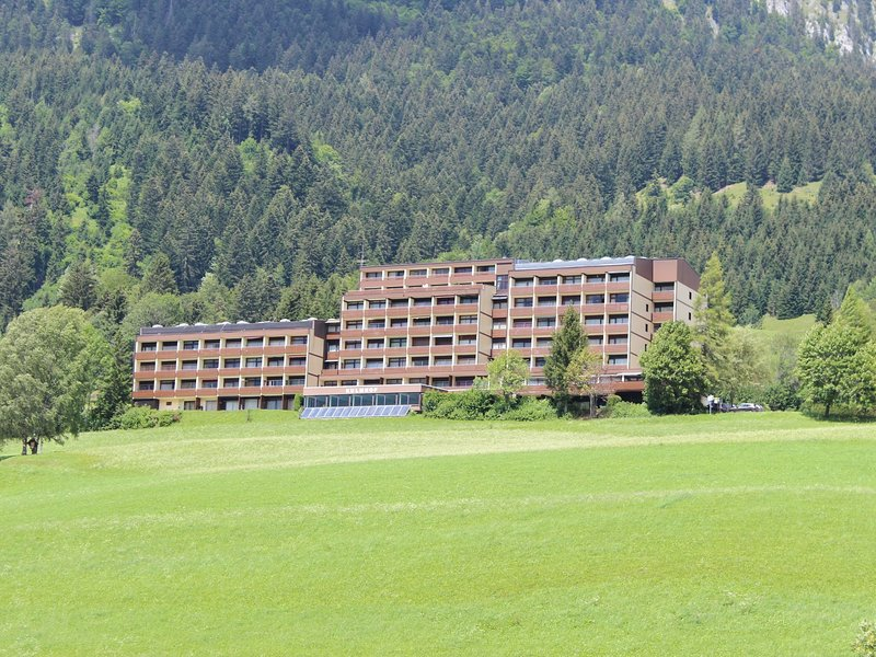Serene Apartment in Tauplitz with Sauna, location de vacances à Bad Mitterndorf