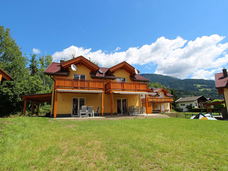 Exclusive Chalet with Private Terrace in Kötschach-Mauthen, alquiler de vacaciones en Hermagor