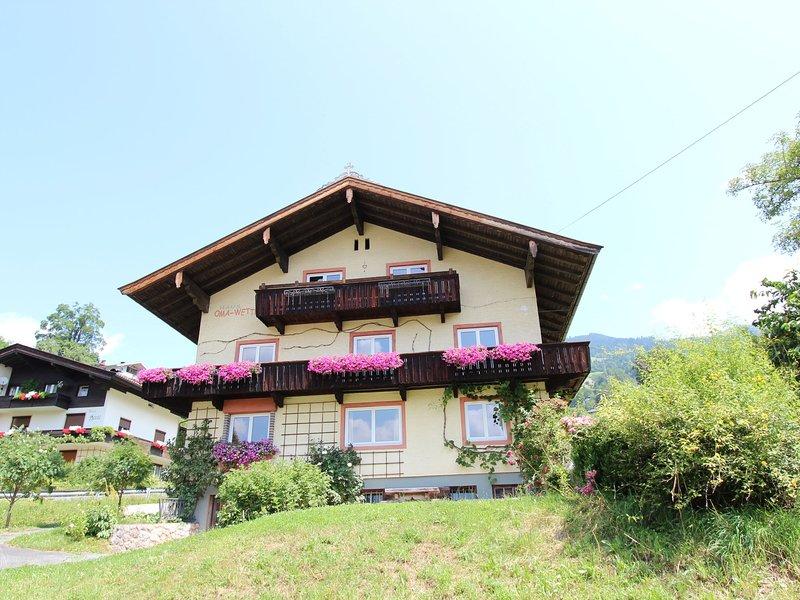 Lovely Pet-friendly Apartment in Hopfgarten, vacation rental in Hopfgarten im Brixental