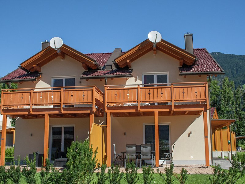Modern Chalet in Kötschach-Mauthen near Ski Area, holiday rental in Kotschach