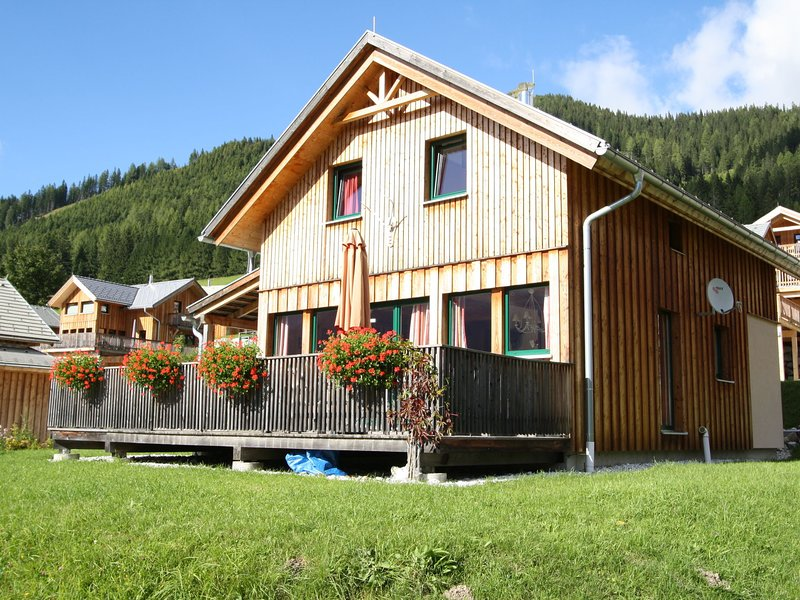 Peaceful Chalet in Hohentauern, with barbecue, holiday rental in Sankt Gallen