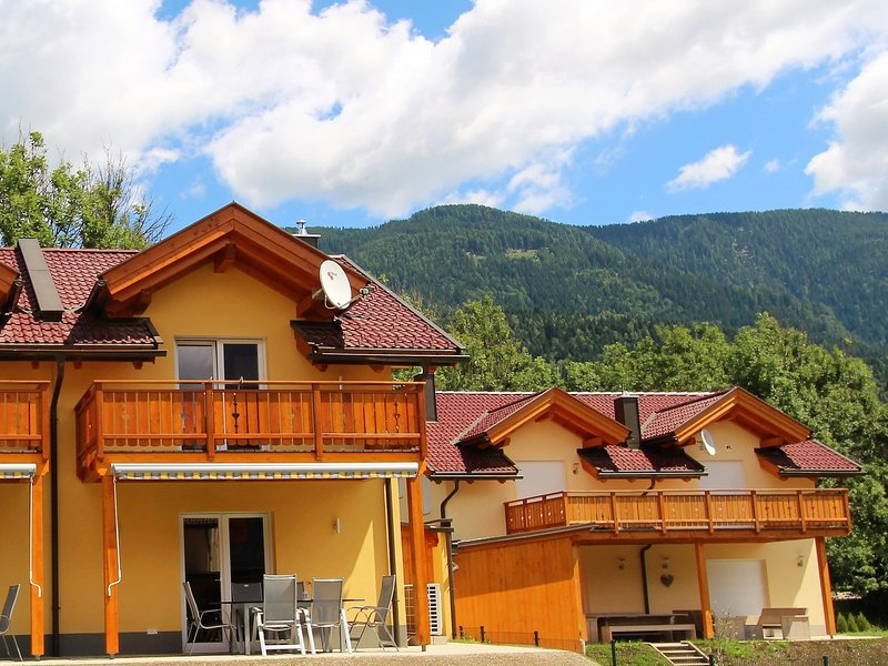 Cozy Holiday Home in Arnoldstein near Ski Lift, holiday rental in Tarvisio