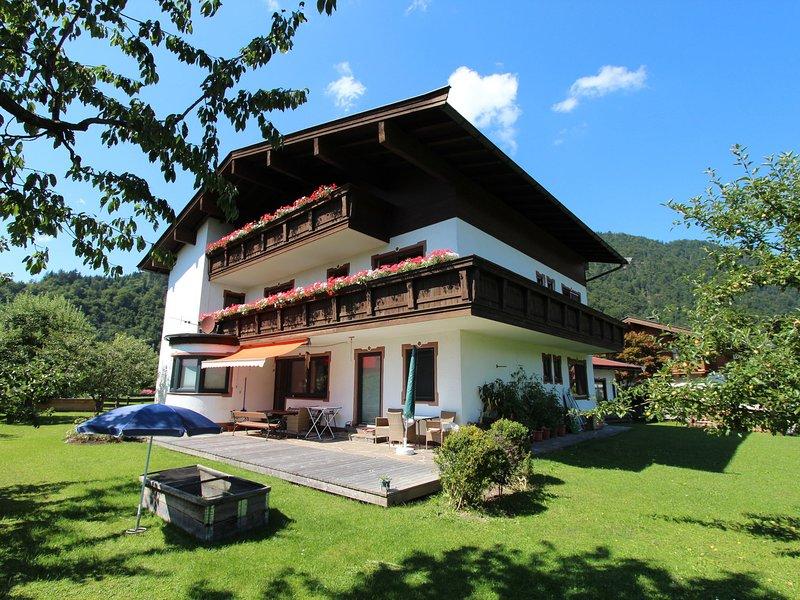 Comfortable Apartment near Ski Area in Tyrol, holiday rental in Kirchdorf in Tirol