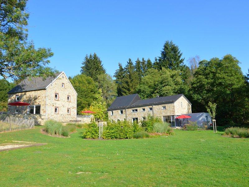 Cozy Holiday Home in Ondenval with Sauna, aluguéis de temporada em Faymonville