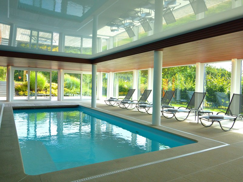 Exquisite Holiday Home in Malmedy with Indoor Pool, holiday rental in Malmedy