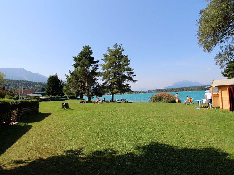 Cozy Holiday Home in Finkenstein near Lake, holiday rental in Oberaichwald