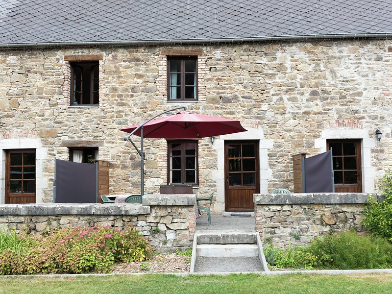 An Annex on the estate of a 17th century castle, holiday rental in Haybes