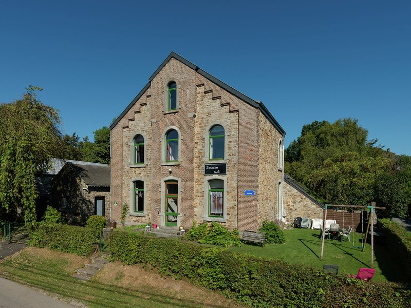 Nice holiday cottage situated in the heart of the Ardennes, holiday rental in Beffe