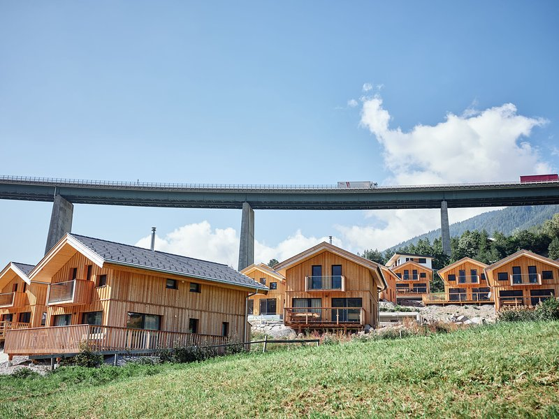 Cozy Chalet in Steinach am Brenner with Balcony, Ferienwohnung in Trins