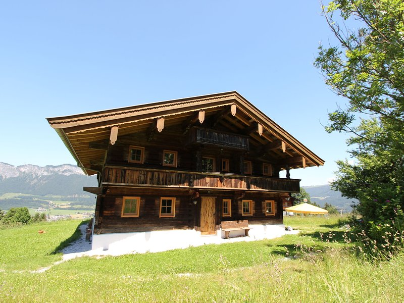 Cozy Chalet in St Johann in Tirol near Ski Area, vacation rental in St Johann in Tirol