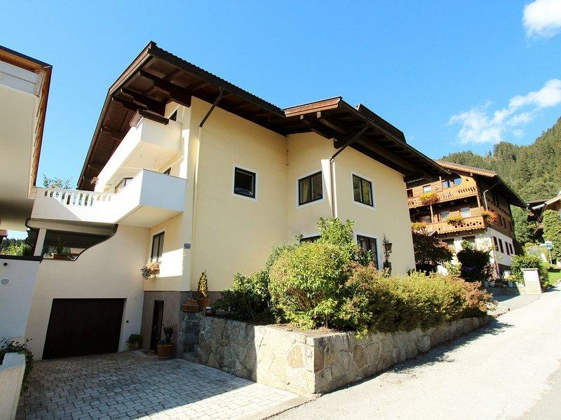 Luxury Apartment near Ski Area in Salzburg, holiday rental in Schonbach