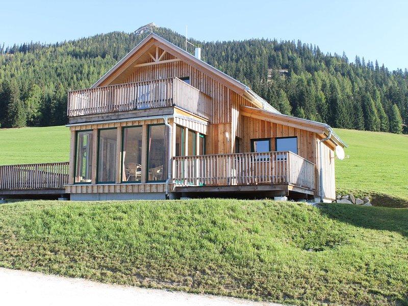 Modern Chalet in Hohentauern with Sauna, holiday rental in Moederbrugg