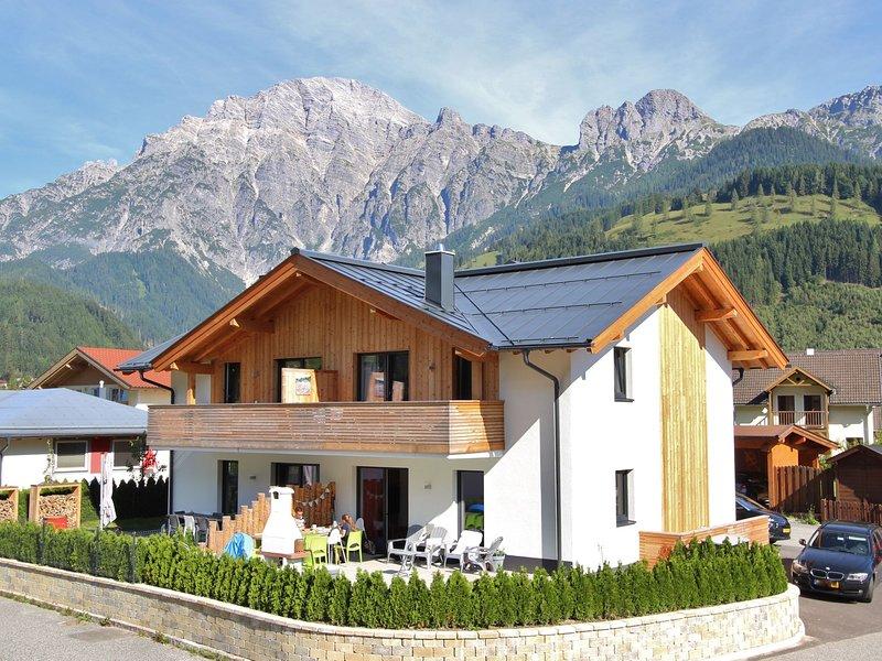 Modern Apartment in Leogang near Ski Area, casa vacanza a Saalfelden am Steinernen Meer