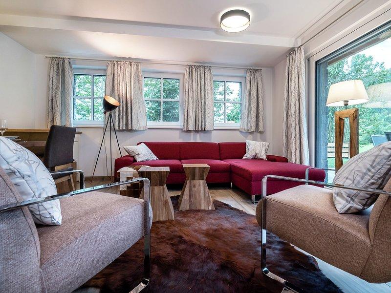 Luxurious chalet with sauna, near Zell am See and Kaprun, casa vacanza a Fusch