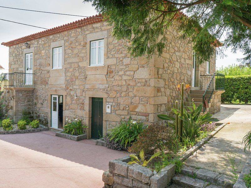 Detached Holiday Home in Arcozelo with private terrace, location de vacances à Facha