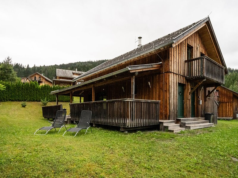 Modern, luxurious chalet with sauna and covered terrace, holiday rental in Stadl-Predlitz