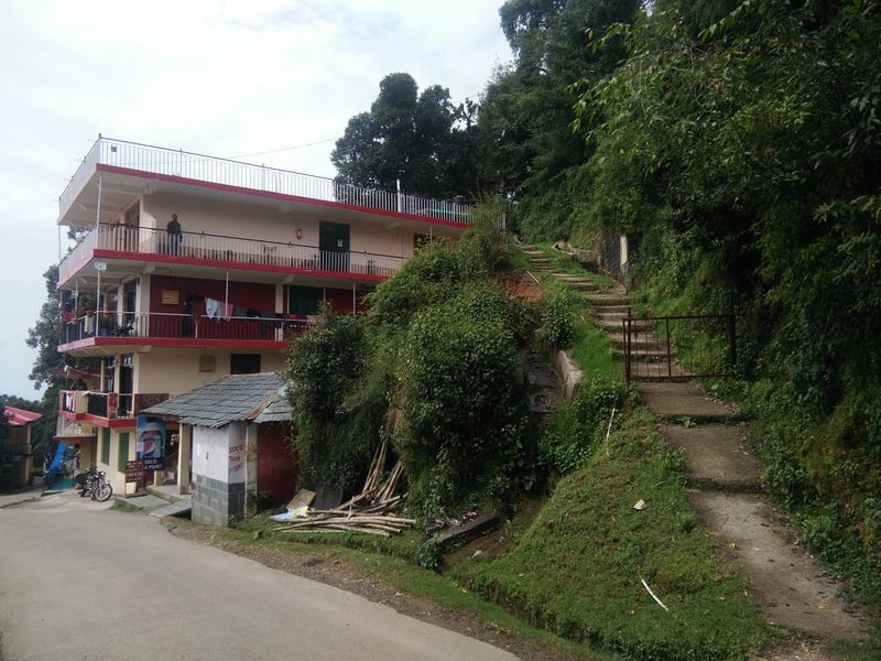 Belihouse in nature . I have 4 rooms 2 person per room. Per room 40$ per night., vacation rental in McLeod Ganj