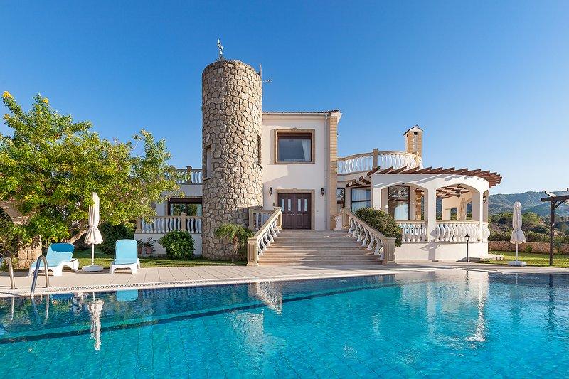 Sunset Valley 3 - Three Bedroom Villa, location de vacances à Ayios Amvrosios