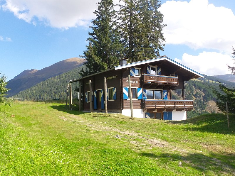 Luxury Holiday Home in Königsleiten with Sauna, holiday rental in Koenigsleiten